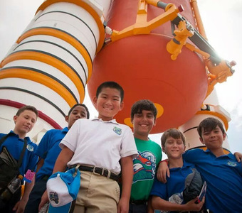 Cover photo of the 5th Grade Kennedy Space Center album